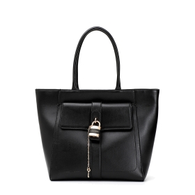 """Shopping bag with outer """"lock&key"""" accessory"""