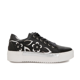 Leather sneakers with flowers