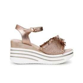 Gilda slip-on shoes with leather braided and ruched wedge on instep