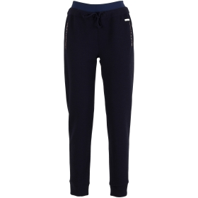 Trousers with contrast colour elastic