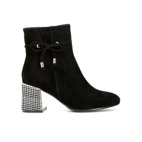Suede ankle boots with lacing and chequered pattern heel