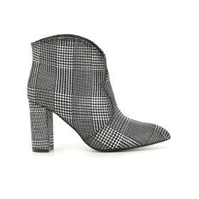 Tweed ankle boots with rounded cut