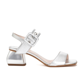 Sandals in patent leather and transparent PVC