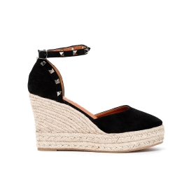 Special Price: Sandal with studs