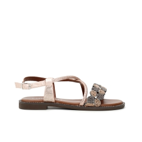 Leather sandals with covered leather wedge and criss-crossed laminated band