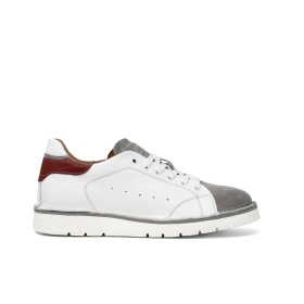 Leather sneakers with contrasting inserts with suede tongue