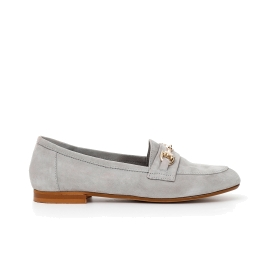 Suede moccasins with clasp