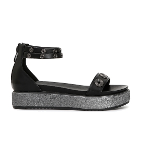Sandals with eyelets and ankle strap