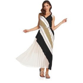 Long pleated dress with V-neck