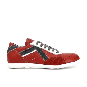 Pick stitched leather sneakers