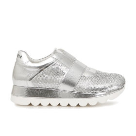 Slip-on shoes in patent leather and sequins