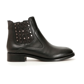Leather studded Chelsea boots