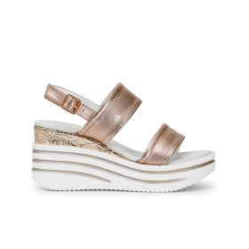 Two-strap patent leather Jesus sandals with wedge