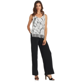 Top with contrast design and tassels