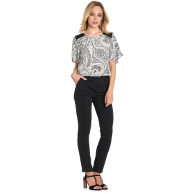 Short-sleeve blouse with ornamental trimmings