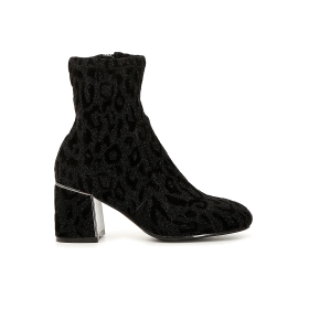 Elasticated ankle boots in animalier fabric