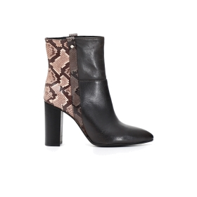 Exclusive: Bimaterial ankle boots