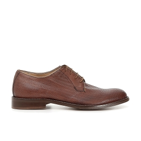 Brogues with woven print leather