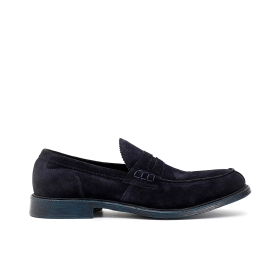 Suede moccasins with front loop
